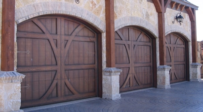Tripple Garage Doors